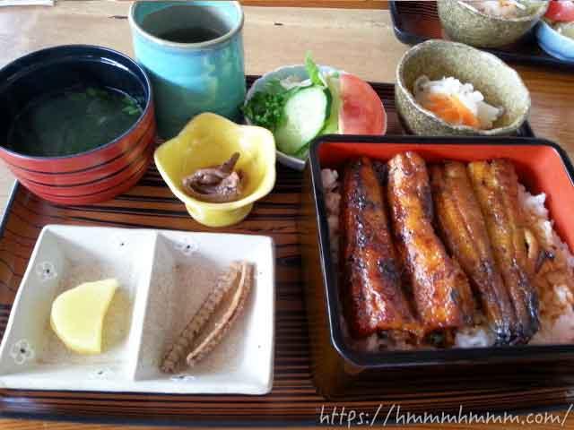 うなぎの蒲焼定食(養殖)2014年当時3,300円