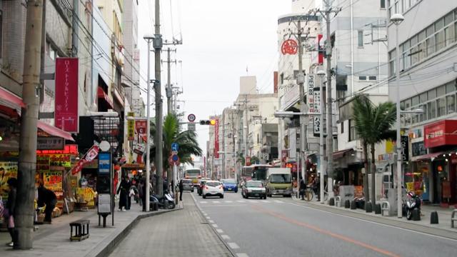 沖縄の国際通り