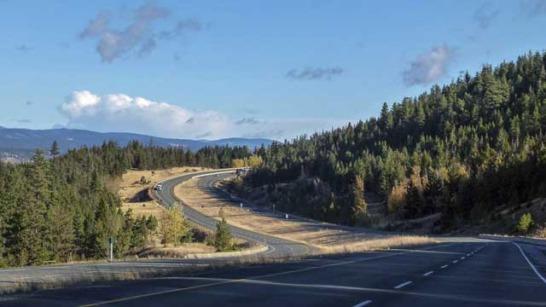 高低差のある高速道路