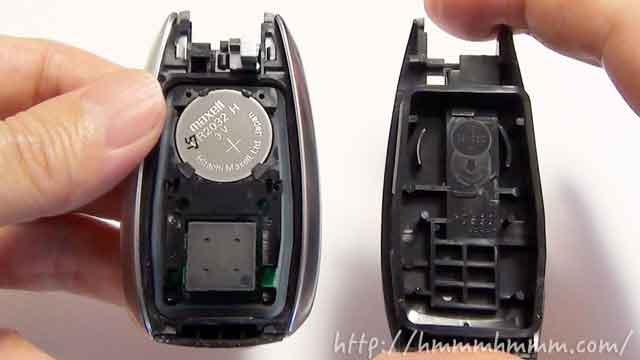 スバル製スマートキーの電池交換-カバーを開けたところ